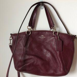 Coach burgundy 👜 handbag